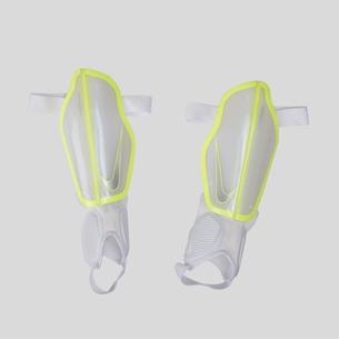 Nike Protegga Flex Espinilleras de Futbol